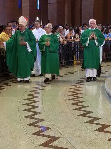Entrada da Santa Missa WA0032