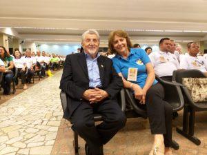 Palestrante Prof. César Abicalaffe e IS Carmen Seffrin de S.José dos Pinhais